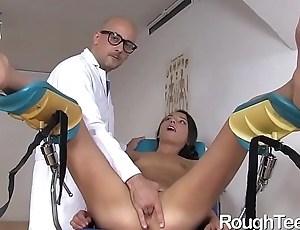 Woman Screwed Harshly by Horny Doctor