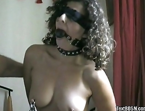 slave from TextBDSM has fish hooks in tits