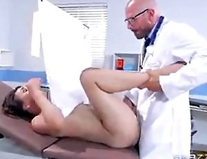 patient Fucked to make an issue of fore doctor office SNAPCHAT: IAMHEATHERADAMS