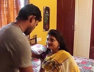 Indian Sexy young trainer hot romance with student in home - Wowmoyback