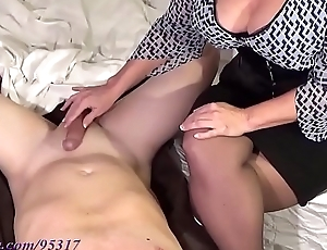Dominate Milf milks boy