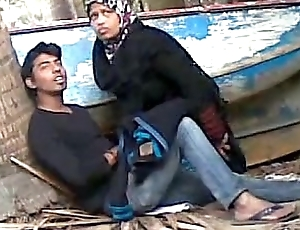 Bangladeshi bhabhi sex her young devor open-air - Wowmoyback