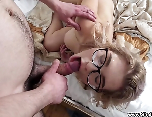 Nerdy flaxen-haired bounces her big ass on a throbbing cock