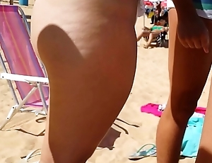 Big Butt Voyeur Beach