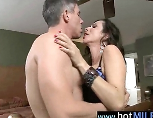 Sex Tape With (ariella ferrera) Hot Milf Thirsty for Big Cock To Bang clip-05