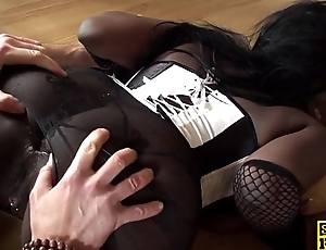 Black domineer brit assfucked and dominated